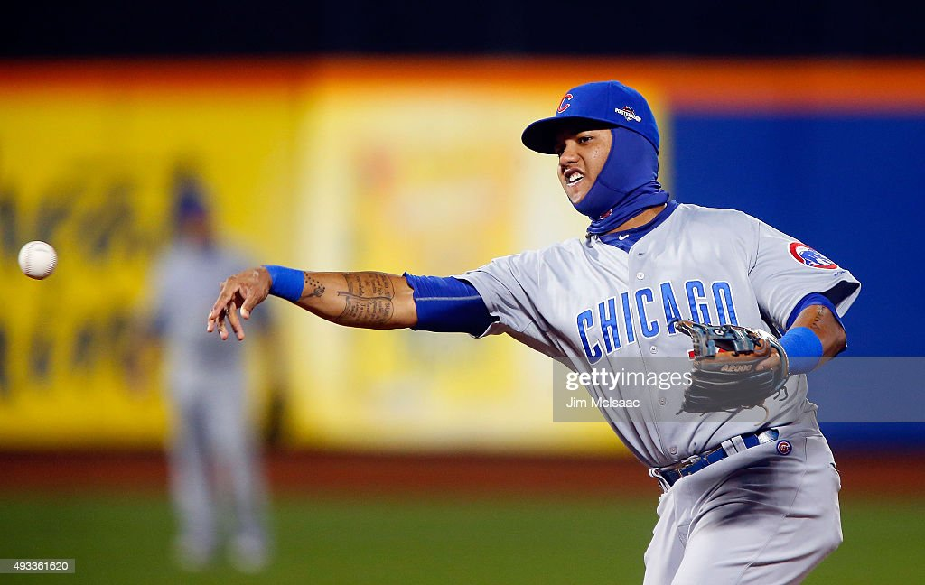 League Championship - Chicago Cubs v New York Mets - Game One : News Photo
