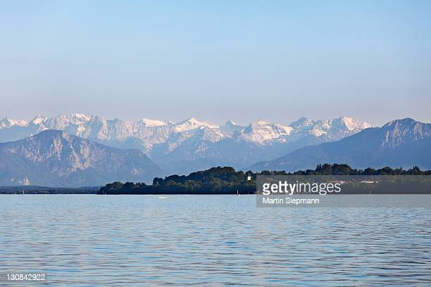 Starnberger See or Lake Starnberg and the Alps with Karwendelgebirge mountains, view from Tutzing, Fuenfseenland or Five Lakes region, Upper Bavaria, Bavaria, Germany, Europe
