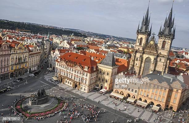 staroměstské náměstí - プラハ 旧市街広場 ストックフォトと画像
