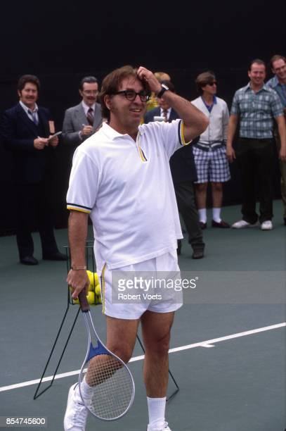 BOBBY Starring Oscar winner Holly Hunter as Billie Jean King and as Bobby Riggs When Billie Beat Bobby tells the story of the 1973 male versusfemale...