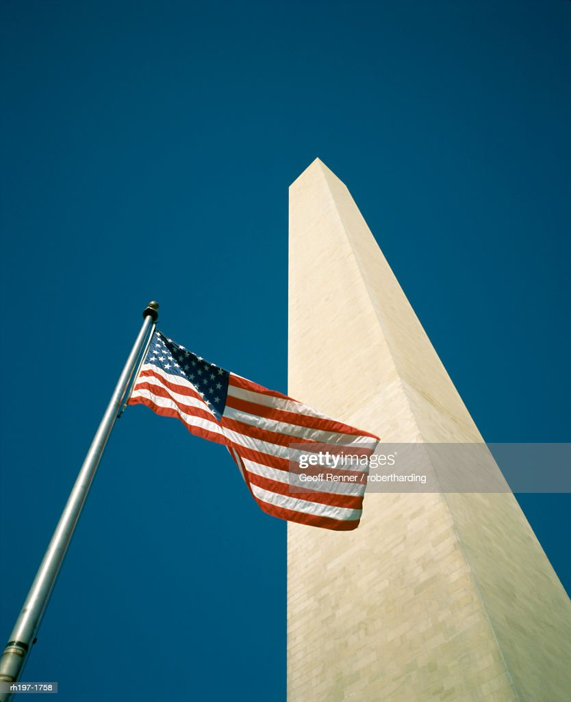 Stars and stripes American flag and Washington Monument, Washington D.C., United States of America (U.S.A.), North America : Foto de stock