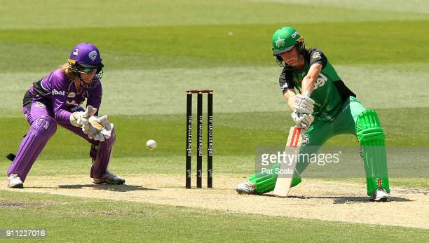 Stars Annabel Sutherland bats during the Women's Big Bash League during the Hobart Hurricanes and the Melbourne Stars at Melbourne Cricket Ground on...