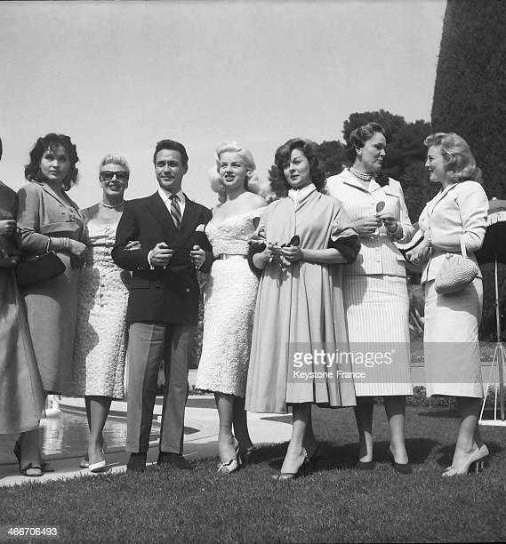 Stars at Begum Aga Khan's property Villa Yakimour from left to right Yvonne Furneaux Ginger Rogers Richard Todd Diana Dors Susan Hayward Begum Aga...