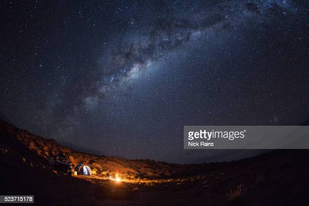 stars in the desert night sky - image stock pictures, royalty-free photos & images