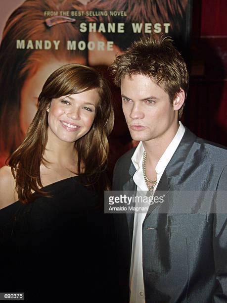 Stars Mandy Moore and Shane West attend a special screening of their film A Walk to Remember January 17 2002 at Planet Hollywood in New York City