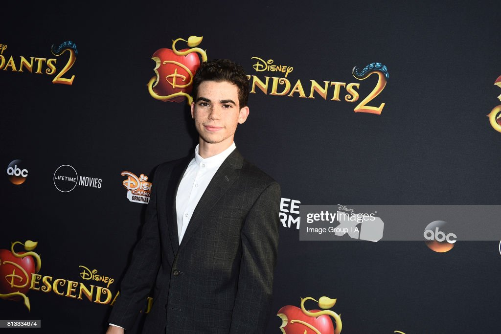 "Disney Channel's ""Descendants 2"" - Premiere : Nachrichtenfoto"