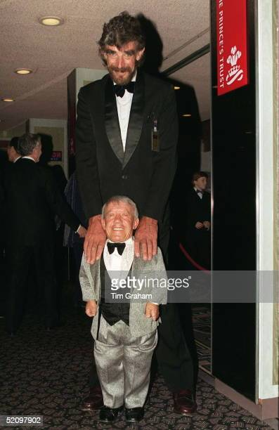 Stars Of The Film 'star Wars' Behind Peter Mayhew Who Played 'chewbacca' And Kenny Baker Who Played 'r2d2'