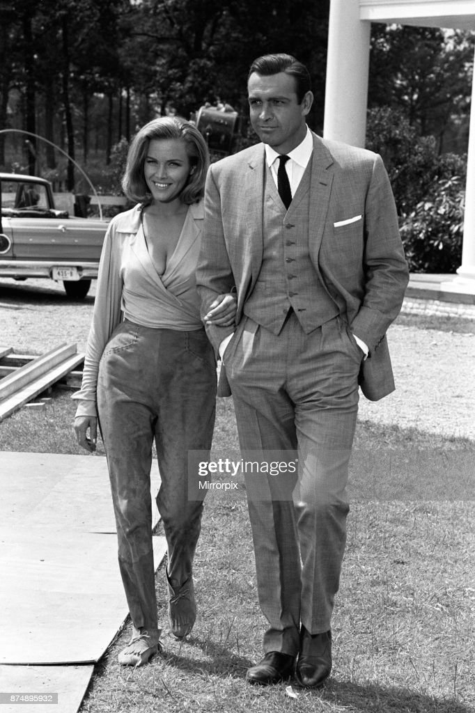 Stars Of The Latest James Bond Film Goldfinger Sean Connery And News Photo Getty Images