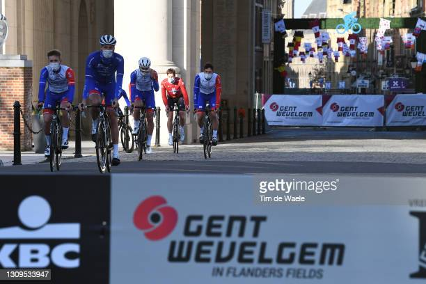 Start / Arnaud Demare of France, Kevin Geniets of Luxembourg, Stefan Kung of Switzerland, Olivier Le Gac of France, Jacopo Guarnieri of Italy, Fabian...
