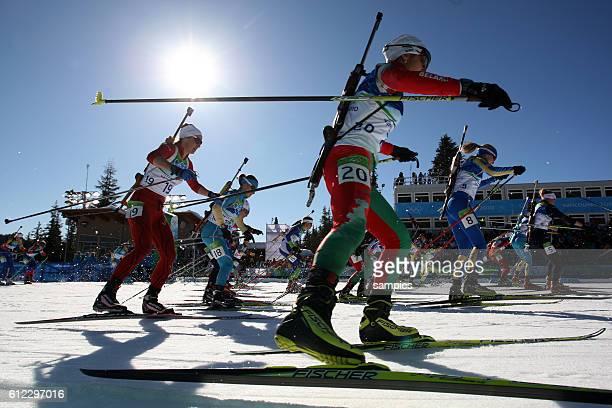 Start Biathlon Massenstart der Frauen mass start women Olympische Winterspiele in Vancouver 2010 Kanada olympic winter games Vancouver 2010 canada