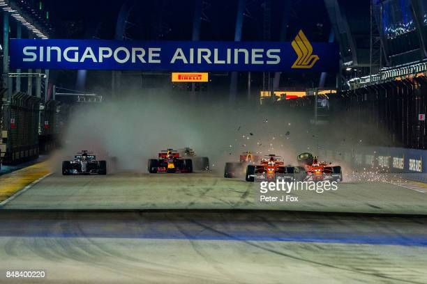 Start crash during the Formula One Grand Prix of Singapore at Marina Bay Street Circuit on September 17 2017 in Singapore