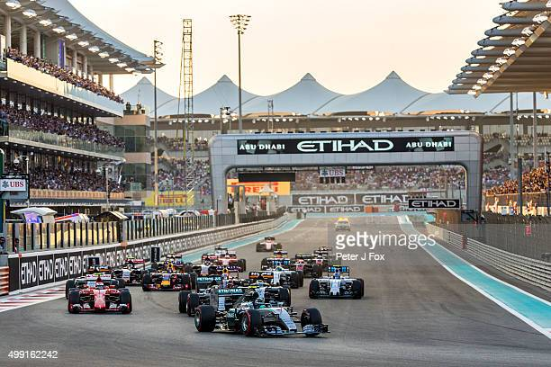 Start during the Abu Dhabi Formula One Grand Prix at Yas Marina Circuit on November 29 2015 in Abu Dhabi United Arab Emirates