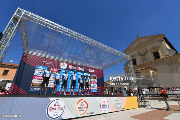 Start / Guillaume Boivin of Canada, Davide Cimolai of Italy, Alex Dowsett of United Kingdom, Omer Goldstein of Israel, Reto Hollenstein of...