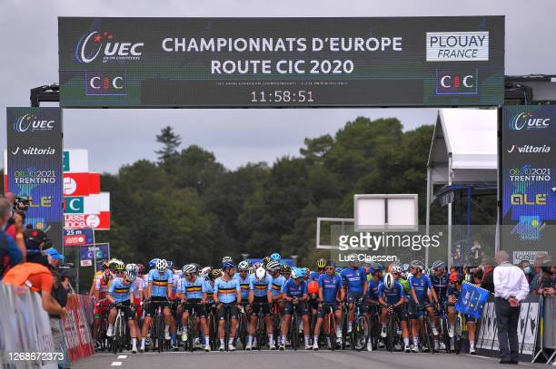 Start / Jasper Philipsen of Belgium / Otto Vergaerde of Belgium / Jasper Stuyven of Belgium / Xandro Meurisse of Belgium / Victor Campenaerts of...