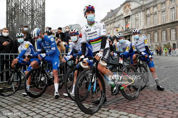 Start / Julian Alaphilippe of France World Champion Jersey, Andrea Bagioli of Italy, Remi Cavagna of France, Tim Declercq of Belgium, Dries Devenyns...