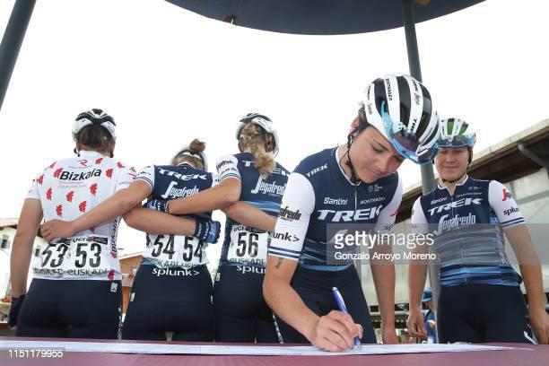Start / Lauretta Hanson of Australia and Team Trek- Segafredo / Anna Plichta of Poland and Team Trek- Segafredo / Signature / during the 32nd Women...