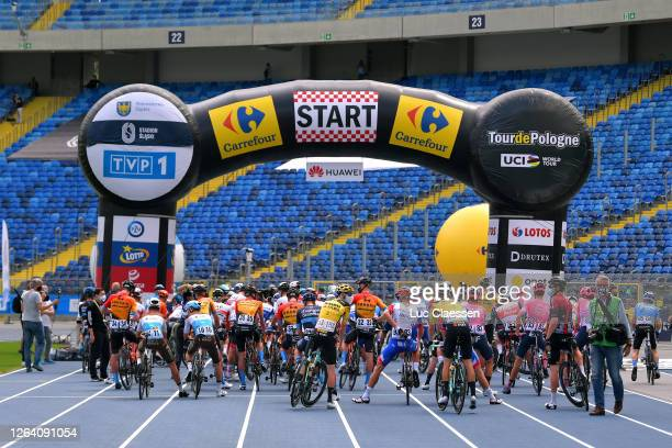 Start / Mark Paddy of Ukraine and Team Bahrain - Mclaren / Geoffrey Bouchard of France and Team Ag2R La Mondiale / Quentin Jauregui of France and...