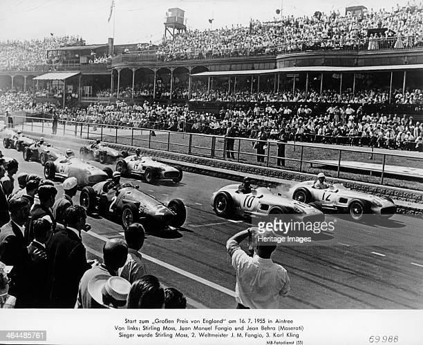 Start of the British Grand Prix Aintree Liverpool 1955 From left to right on the front row are Jean Behra Juan Manuel Fangio and Stirling Moss Moss...