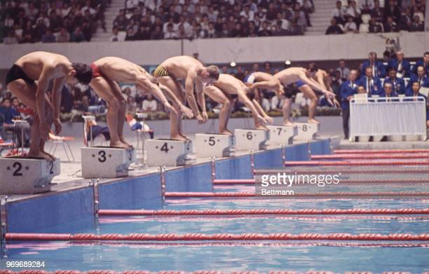 Start of the final race in the Men's 1500 Meter Freestyle swim.
