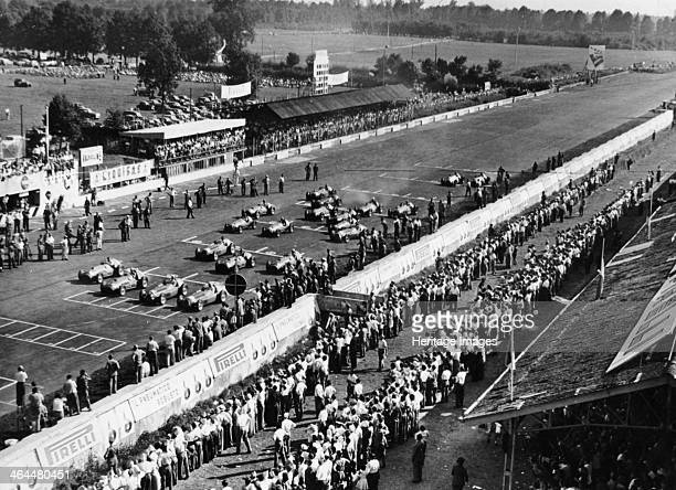 Start of the Italian Grand Prix, Monza, early 1950s.