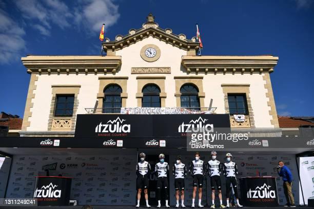 Start / Podium / Fabio Aru of Italy, Sean Bennett of United States, Simon Clarke of Australia, Bertjan Lindeman of Netherlands, Mauro Schmid of...