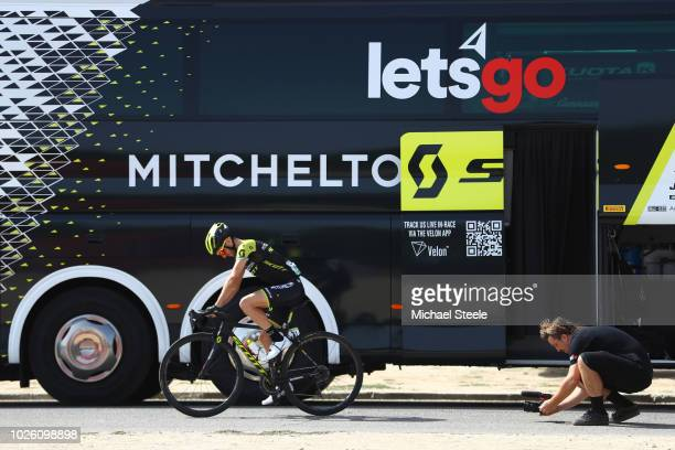 Start / Simon Yates of Great Britain and Team Mitchelton-Scott / Warmup Rollers / Bus / during the 73rd Tour of Spain 2018, Stage 9 a 200,8km stage...
