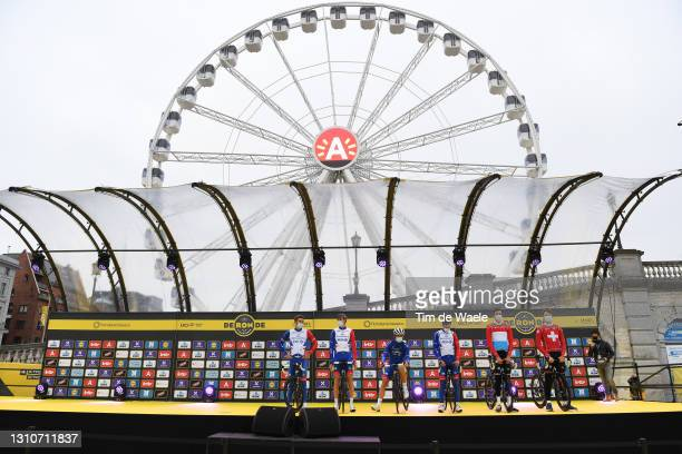 Start / Stefan Kung of Switzerland, Kevin Geniets of Luxembourg, Olivier Le Gac of France, Tobias Ludvigsson of Sweden, Valentin Madouas of France,...