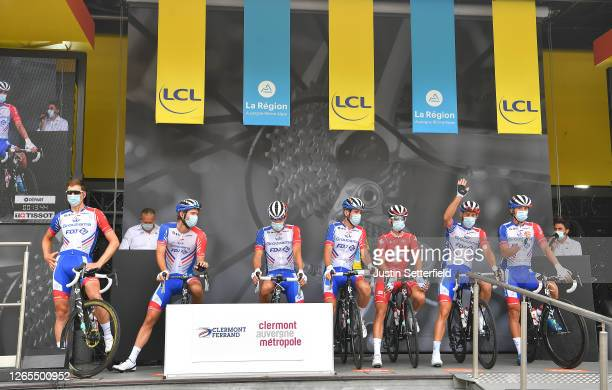 Start / Thibaut Pinot of France, Bruno Armirail of France, Antoine Duchesne of Canada, Stefan Kung of Switzerland, Matthieu Ladagnous of France,...