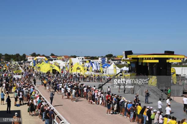 Start / William Bonnet of France, David Gaudu of France, Stefan Kung of Switzerland, Matthieu Ladagnous of France , Valentin Madouas of France, Rudy...