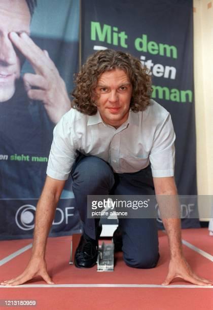 Moderator Michael Steinbrecher gehört zu dem Olympia-Moderatorenteam, das bei einer Pressekonferenz am 28.7.2000 in Hamburg vorgestellt wurde. Für...