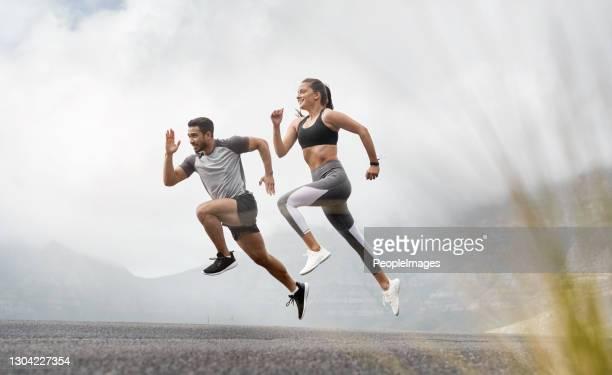 começou com uma milha, agora estamos em maratonas - sprint - fotografias e filmes do acervo