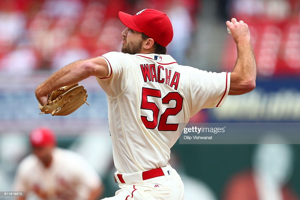 Starter Michael Wacha #52 of the St. Louis Cardinals pitches against the Pittsburgh Pirates in the first inning at Busch Stadium on October 1, 2016 in St. Louis, Missouri.