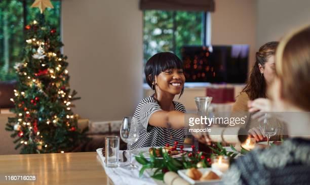強打でクリスマスを始める - クリスマスクラッカー ストックフォトと画像