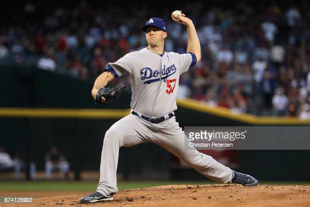 Starting pitcher Alex Wood of the Los Angeles Dodgers pitches against the Arizona Diamondbacks during the MLB game at Chase Field on April 21 2017 in...