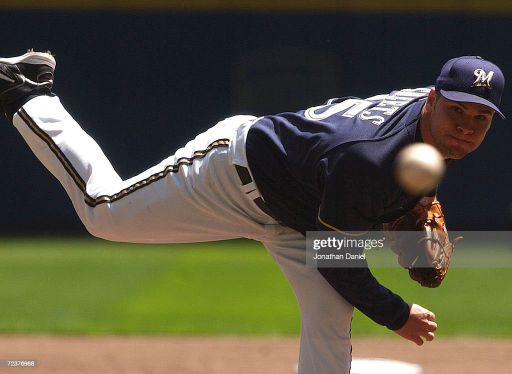 Dodgers v Brewers : News Photo
