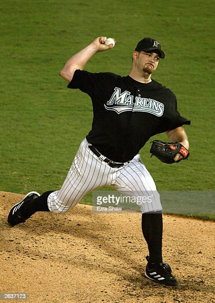 Starting pitcher Brad Penny of the Florida Marlins throws a pitch against the New York Yankees during game five of the Major League Baseball World...