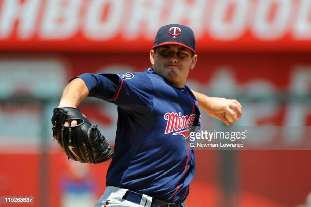 Starting pitcher Brian Duensing of the Minnesota Twins pitches against the Kansas City Royals at Kauffman Stadium on June 5, 2011 in Kansas City,...