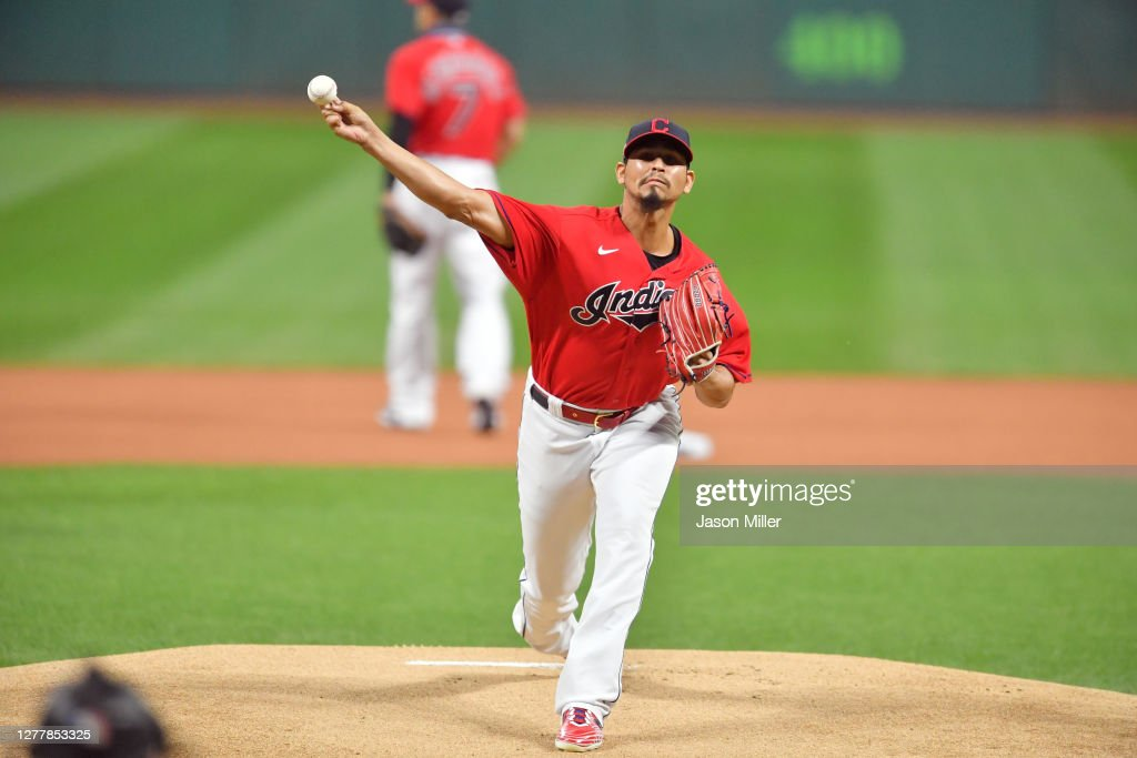 Wild Card Round - New York Yankees v Cleveland Indians - Game Two : News Photo
