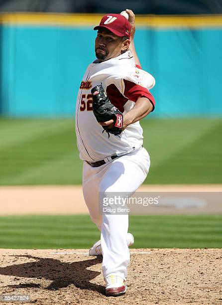 Starting pitcher Carlos Silva of Venezuela pitches against the Netherlands during round 2 of the World Baseball Classic at Dolphin Stadium on March...