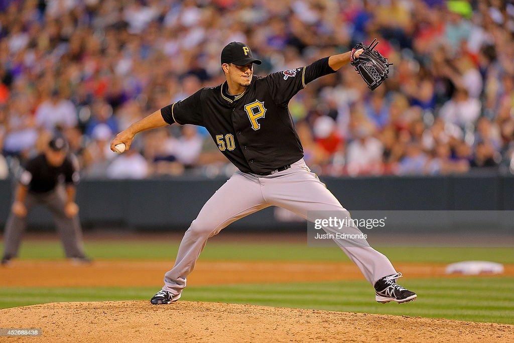 Pittsburgh Pirates v Colorado Rockies : Fotografía de noticias