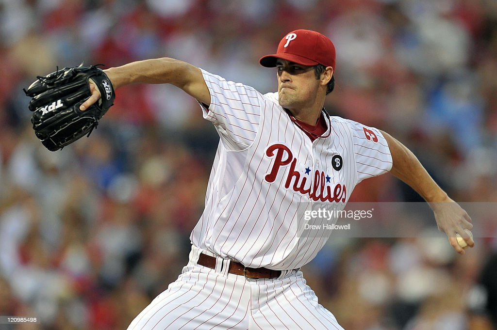 Starting pitcher Cole Hamels #35 of the Philadelphia Phillies delivers a pitch during the game against the Washington Nationals at Citizens Bank Park on August 12, 2011 in Philadelphia, Pennsylvania.