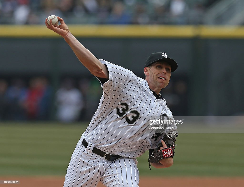 Starting pitcher Dylan Axelrod #33 of the Chicago White Sox delivers the ball against the Seattle Mariners at U.S. Cellular Field on April 6, 2013 in Chicago, Illinois.