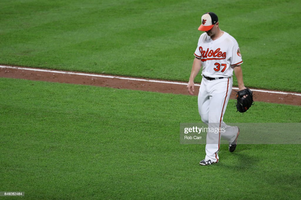 Starting pitcher Dylan Bundy #37 of the Baltimore Orioles leaves the game in the fifth inning against the Boston Red Sox at Oriole Park at Camden Yards on September 18, 2017 in Baltimore, Maryland.
