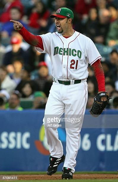 Starting pitcher Esteban Loaiza of Team Mexico celebrates a ground ball out against Team Japan during the Round 2 Pool 2 Game of the World Baseball...