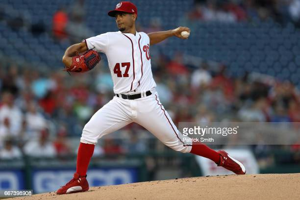 Starting pitcher Gio Gonzalez of the Washington Nationals works the first inning against the St Louis Cardinals at Nationals Park on April 11 2017 in...