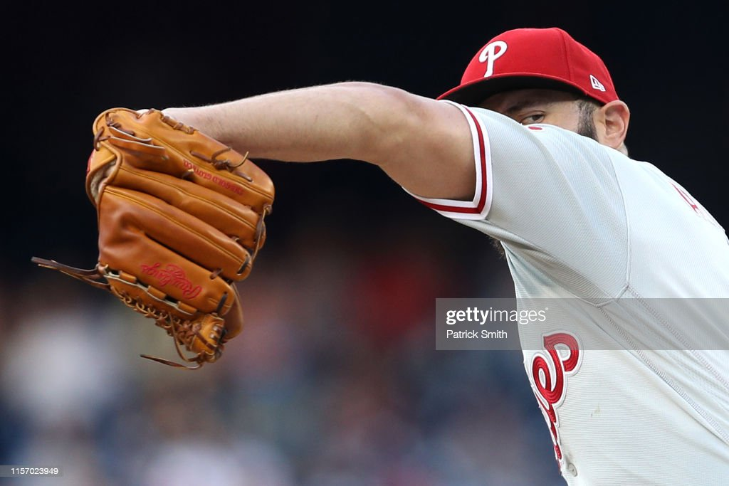 Philadelphia Phillies v Washington Nationals - Game Two : News Photo