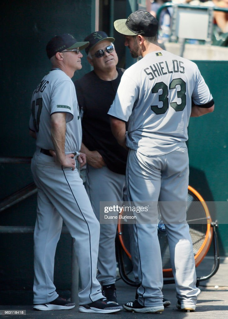 Starting pitcher James Shields #33 of the Chicago White Sox talks with bench coach Joe McEwing #47 and manager Rick Renteria #17 after pitching the seventh inning at Comerica Park on May 27, 2018 in Detroit, Michigan. The Tigers defeated the White Sox 3-2.