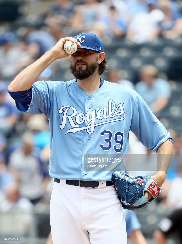 Starting pitcher Jason Hammel #39 of the Kansas City Royals reacts during the 1st inning of the game against the Tampa Bay Rays at Kauffman Stadium on May 16, 2018 in Kansas City, Missouri.