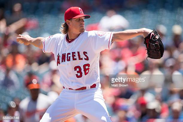 Starting pitcher Jered Weaver of the Los Angeles Angels of Anaheim pitches during the first inning of the game against the Baltimore Orioles at Angel...