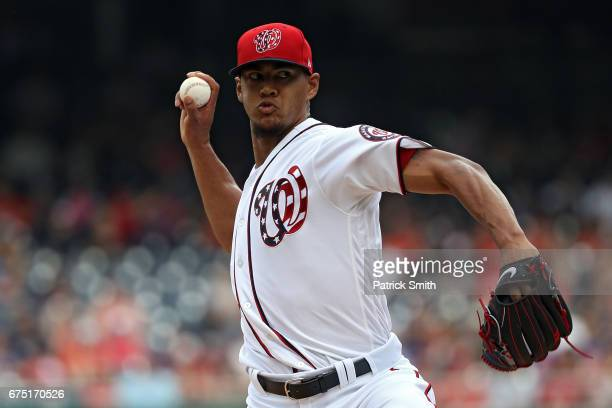 Starting pitcher Joe Ross of the Washington Nationals works the first inning against the New York Mets at Nationals Park on April 30 2017 in...